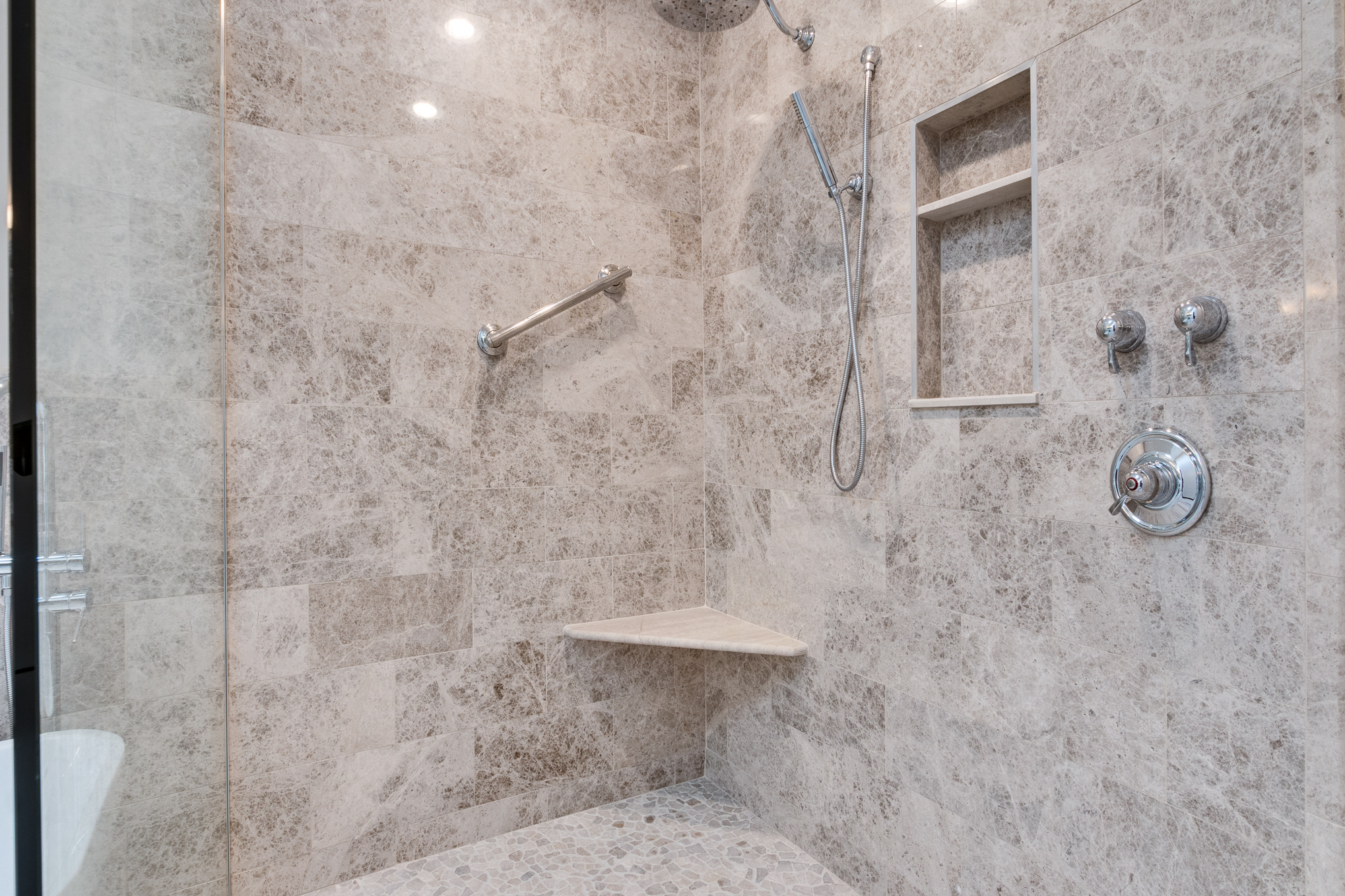 Walk in Shower with Linear Drain